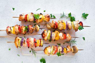 Spiedini di tacchino e verdure: al barbecue