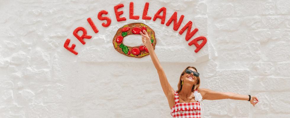 Frisellanna, la Puglia alla moda di Cisternino secondo Anna Dello Russo
