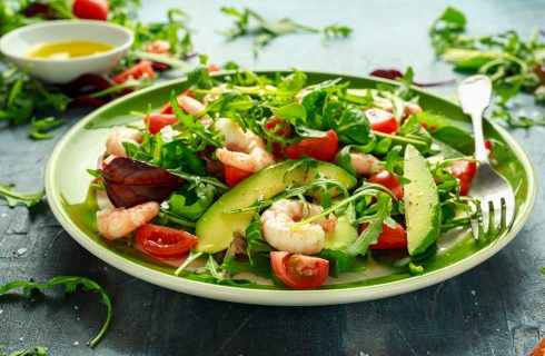 10 insalate colorate e non noiose da gustare in estate