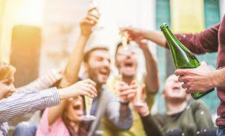 Miti da sfatare: l'alcol fa male?