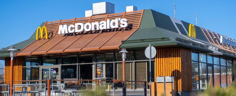 Uk: McDonald's senza milkshake, Nando's e Kfc senza pollo